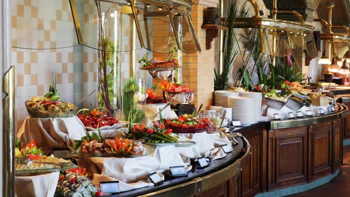 Dineren in Invention Disneyland Paris